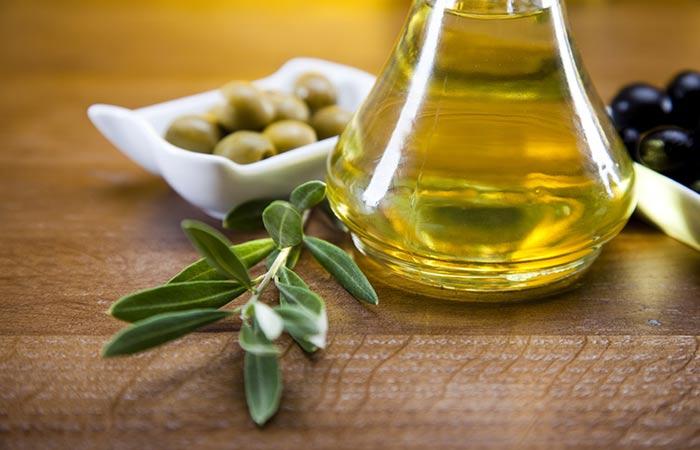 Trị mụn đơn giản và hiệu quả với dầu oliu